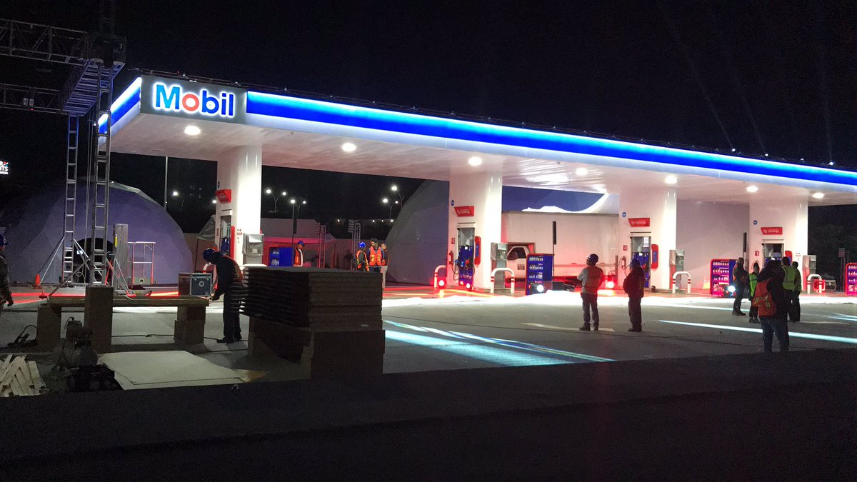 ExxonMobil abre su primera gasolinera en México