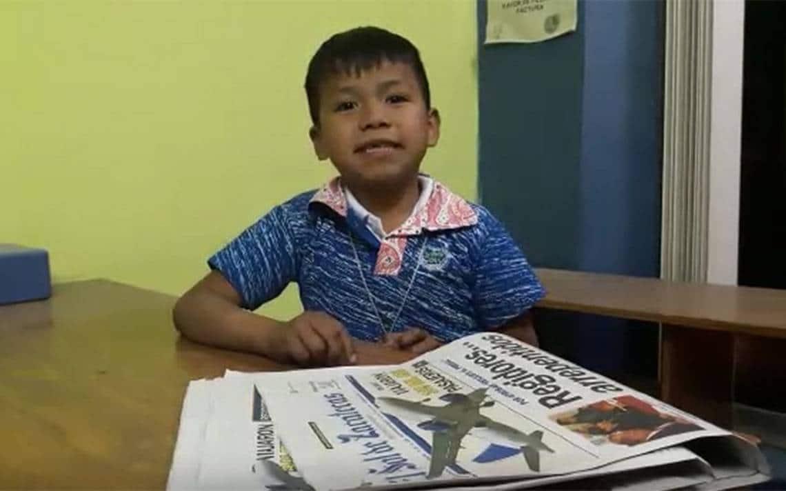 Niño del Movimiento Naranja prepara canción para el Mundial