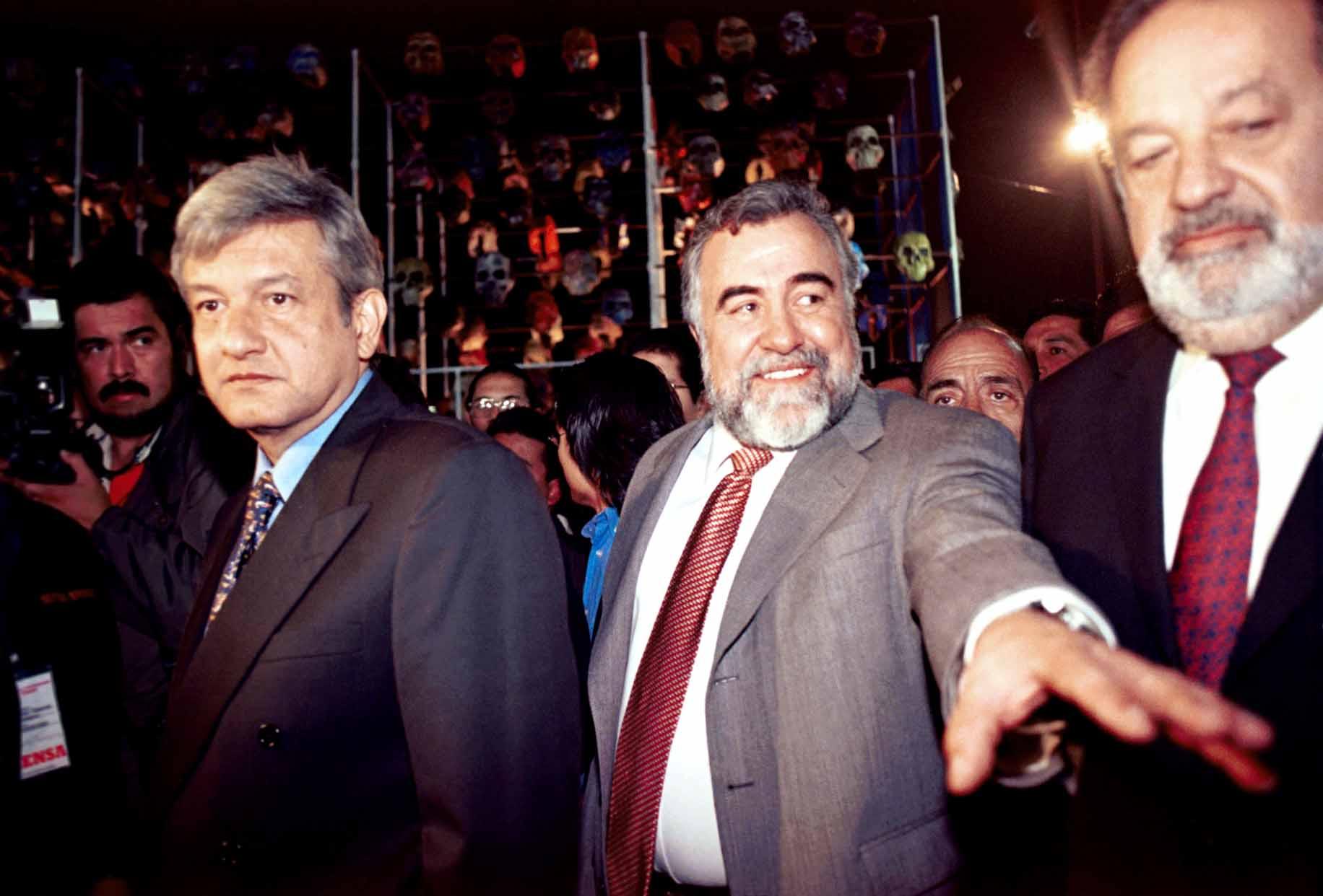 AndrŽes Manuel LopŽez Obrador, jefe de Gobierno del DF y el empresario Carlos Slim