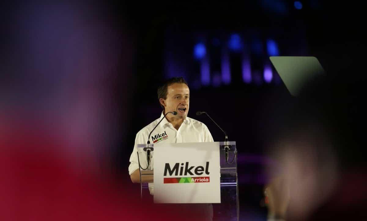 Propone Mikel Arriola implantar chip de localización a delincuentes sentenciados