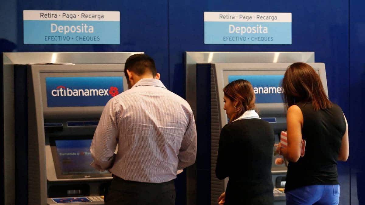 bancos retiro cuentas hackeo méxico spei