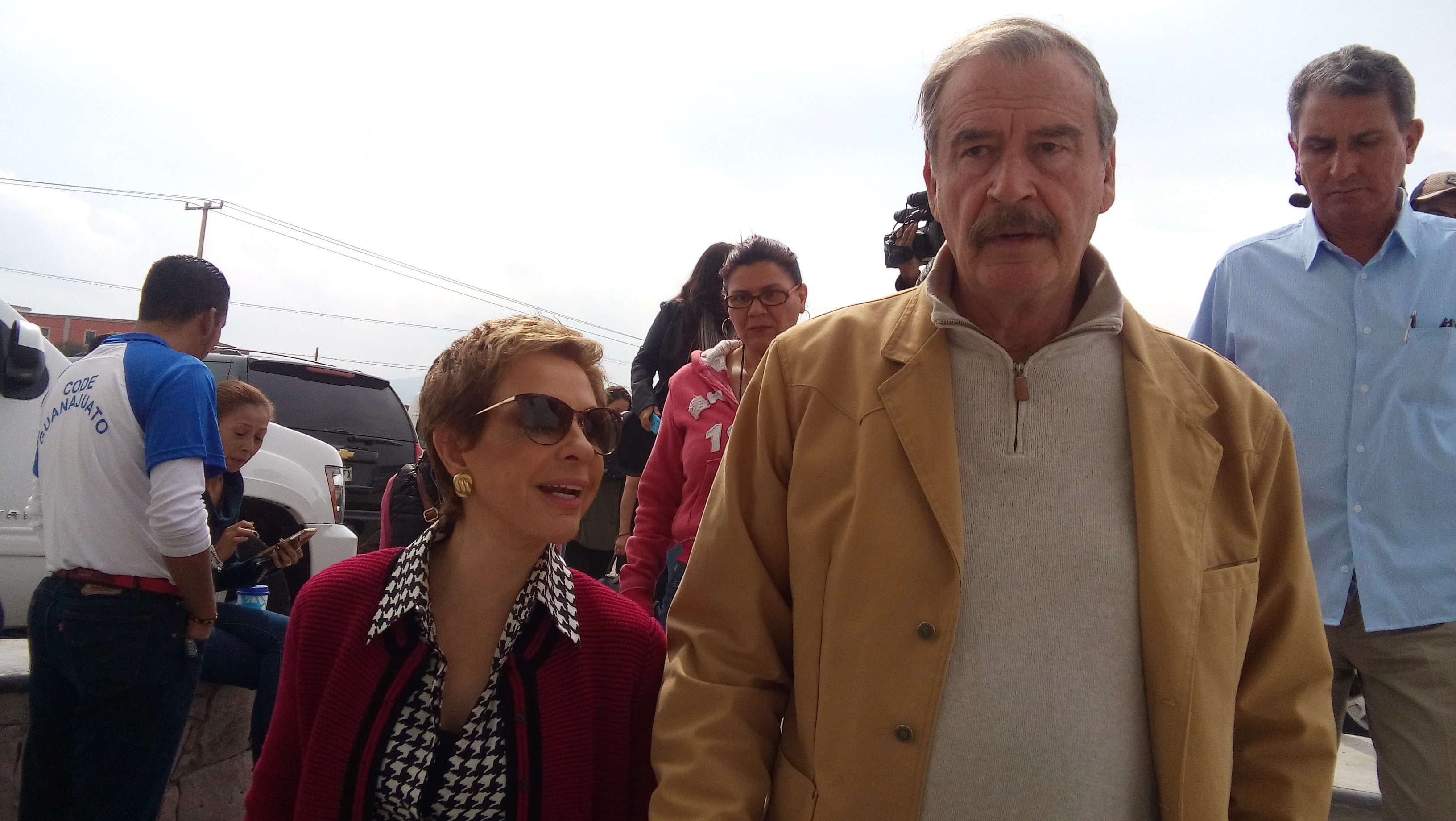 pgr-detras-vicente-fox-martha-sahagun