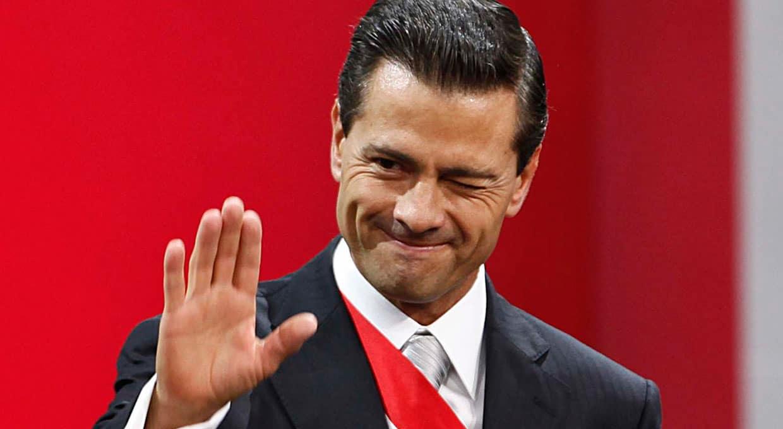 Peña Nieto ejerce gasto excesivo en encuestas sobre sí mismo