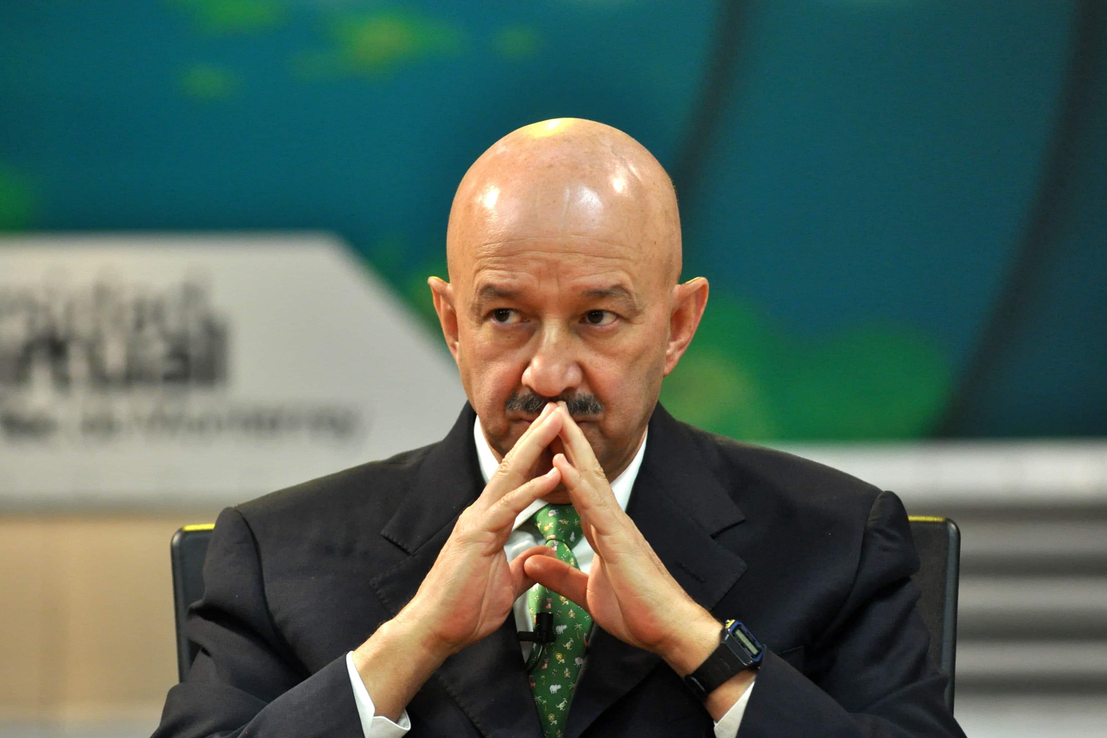 Carlos Salina paga 3 millones de pesos del erario a sus empleados