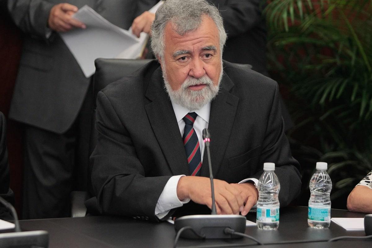 el gobierno de amlo promete esclarecer caso Ayotzinapa