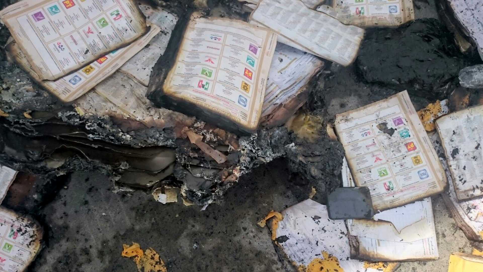 roban e incendian boletas en distintos estados