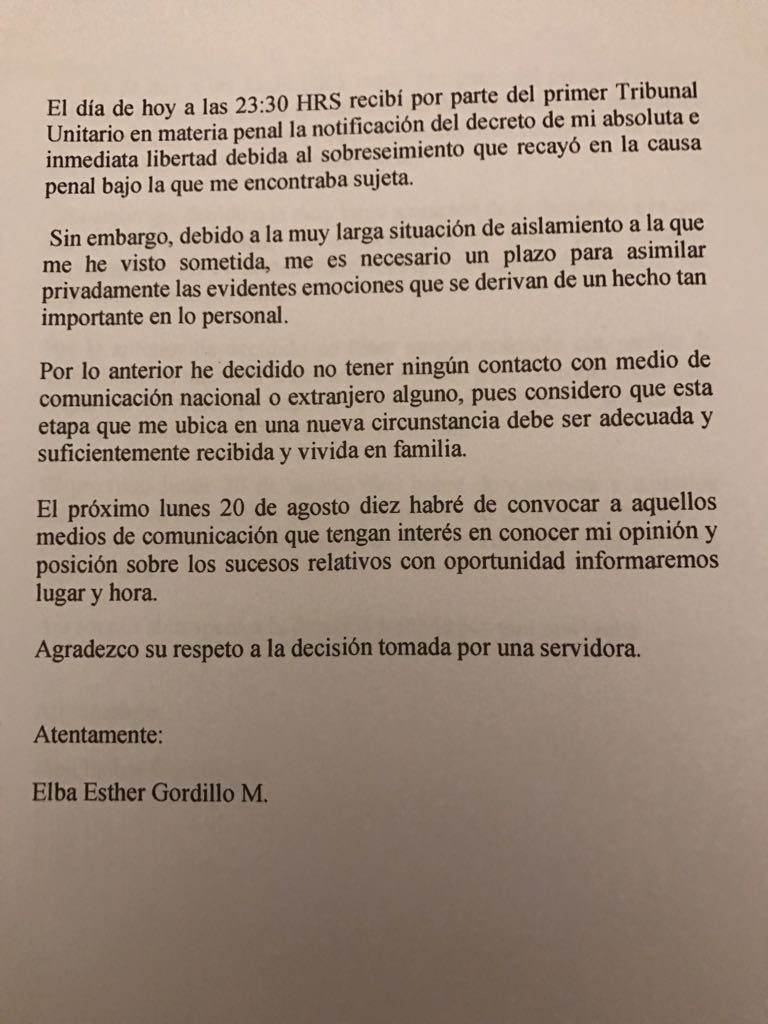 Carta Elba Esther a Medios