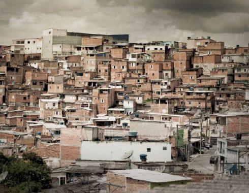 FONHAPO desaparece millones de pesos para viviendas con escasos recursos