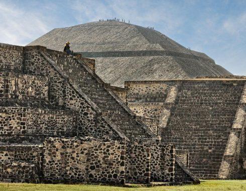 Mayas y Teotihuacanos comparten relación.