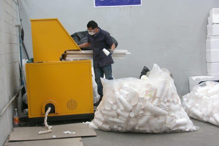 Rennueva, máquina de reciclaje.