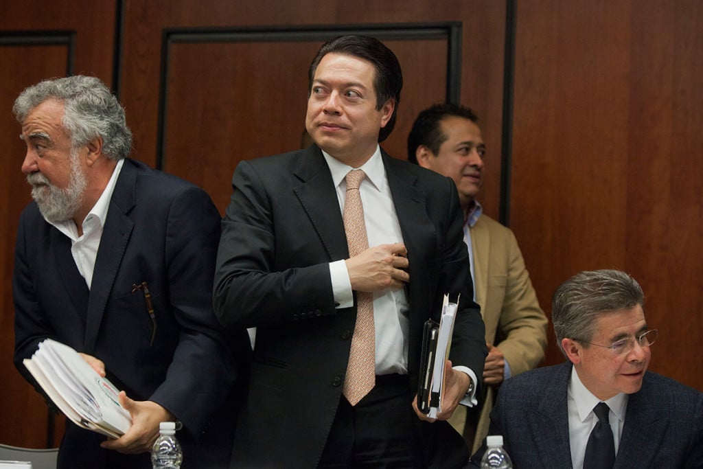 Morena aprueba medidas de austeridad en el Senado.