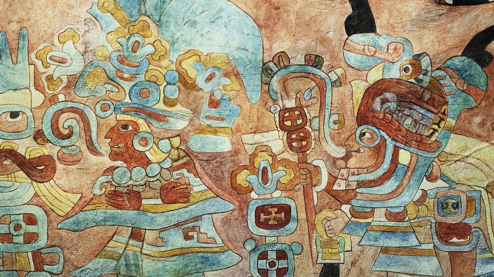 Uso del azul en los murales del templo de Chichen Itzá.